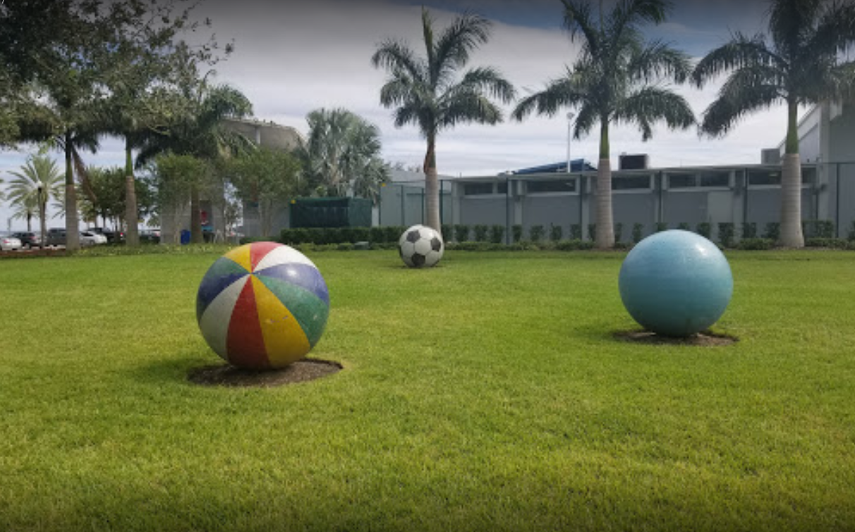 Front lawn of North Shore Aquatic Center with balls
